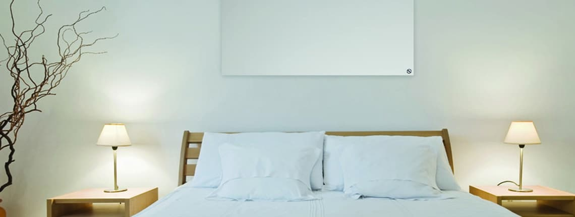 Radiador bajo consumo ALULINE en dormitorio